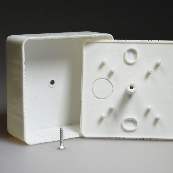 Распаячные коробки для открытой проводки
